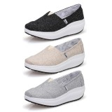 Wholesale - Women's Canvas Platform Slip On Sneakers Athletic Walking Shoes 1709