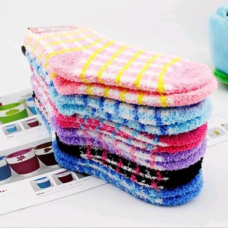 Warm sweets grids pattern terry socks