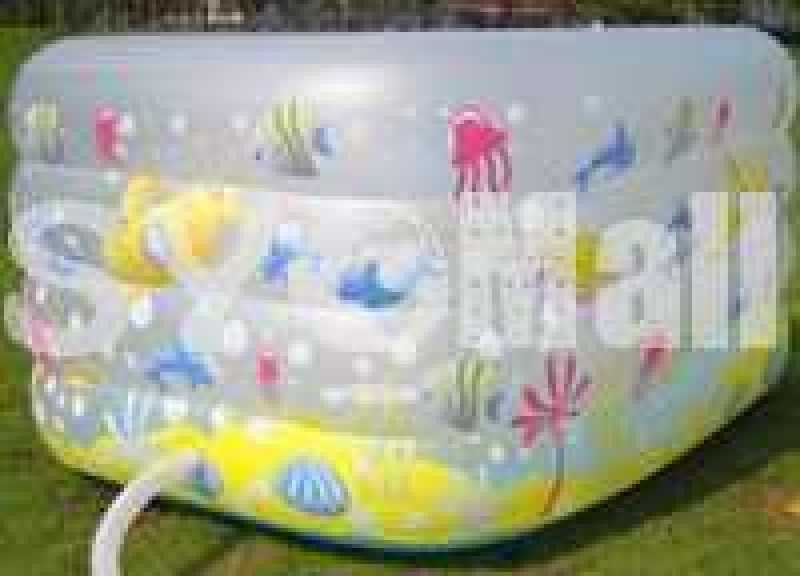 Fantastic submarine square pool