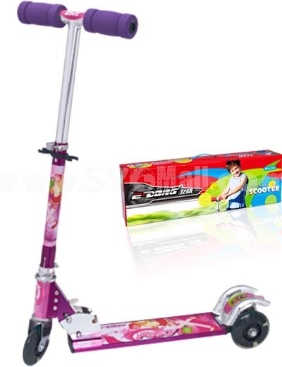 Three Wheels Scooter (ED1529)
