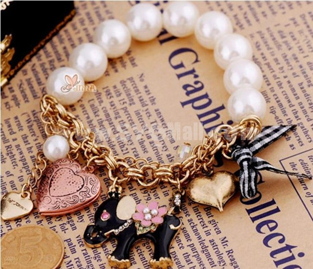 Vintage Multielement Bracelet with Pearl Elepahat & Peach Heart & Bowknot Pendants