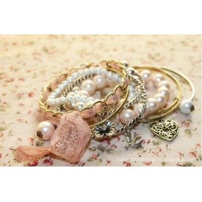 http://www.orientmoon.com/16129-thickbox/stylish-multilayed-imitation-pearl-alloy-bracelet-tb16.jpg