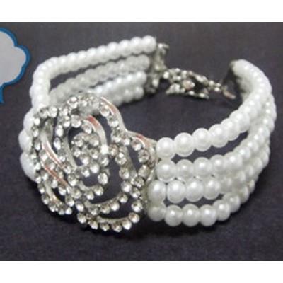 http://www.orientmoon.com/16132-thickbox/hot-sale-korea-exquisite-hollow-rose-pearl-bracelet-tb279.jpg