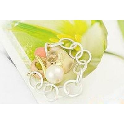 http://www.orientmoon.com/16134-thickbox/stylish-peach-heart-pearl-bracelet-tb84.jpg