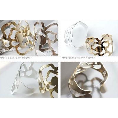 http://www.orientmoon.com/16136-thickbox/personalized-stylish-hollow-rose-bracelet-tk104.jpg