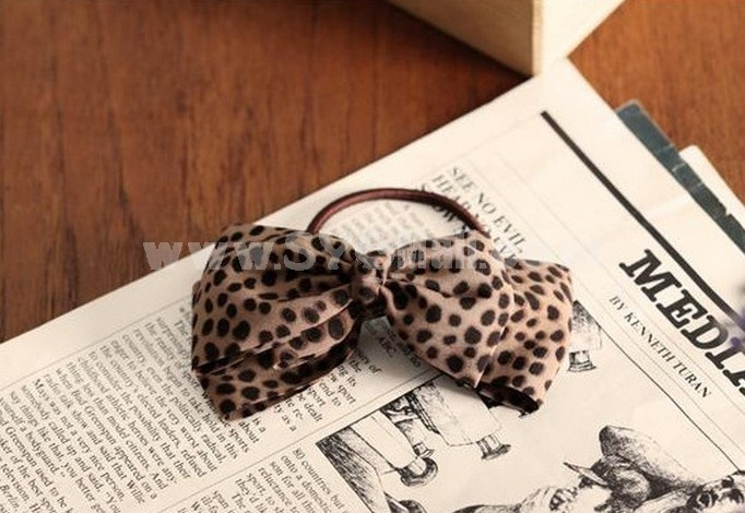 TO92 Women's Three-tiered Leopard Bowknot Hair Tie