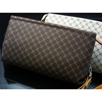http://www.orientmoon.com/17527-thickbox/korean-style-rectangle-zipper-women-wallet.jpg