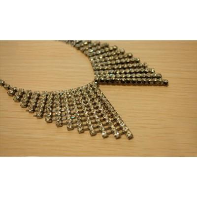 http://www.orientmoon.com/17620-thickbox/elegant-diamonds-bowknot-alloy-collar-tb499.jpg