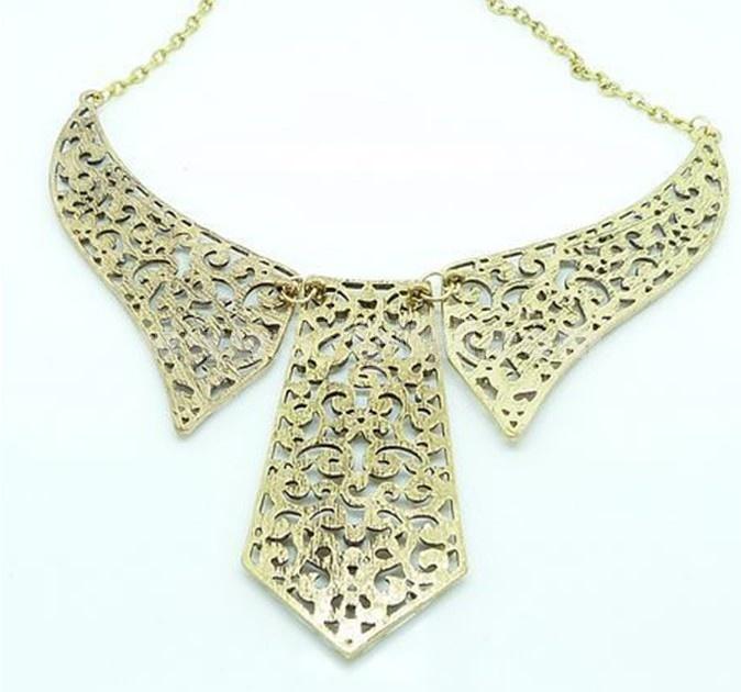 Faddish Mental Texture Hollow Carve Necklace (TF37)