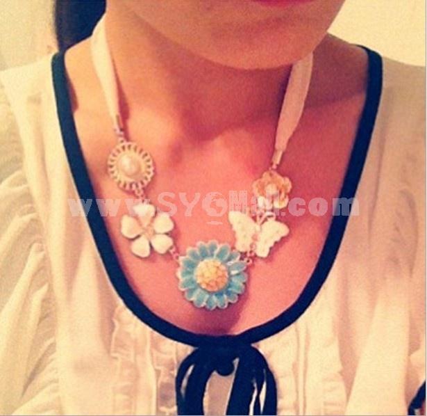 Sweet Flora Bowknot Diamond Pearl Necklace (TF29)