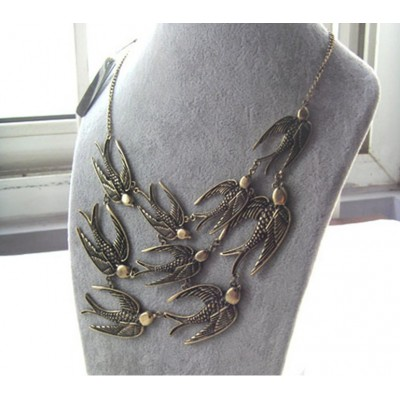 http://www.orientmoon.com/17714-thickbox/vintage-swallows-alloy-necklace-tb415.jpg