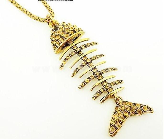 Faddish Diamonds Fish Bone Sweater Chain (TS189)