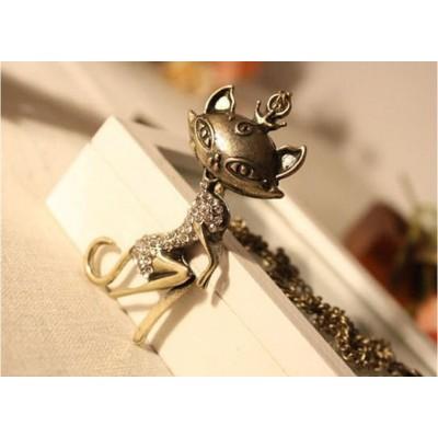 http://www.orientmoon.com/17839-thickbox/vintage-diamonds-sexy-cat-sweater-chain-tf103.jpg