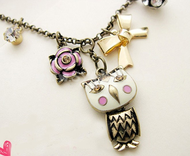 Koera Vintage Owl & Bowknot Diamonds Pendants Necklace (TA50)