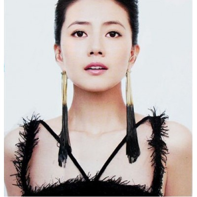 http://www.orientmoon.com/17893-thickbox/korea-personalized-cupid-tassels-earring-tk170.jpg