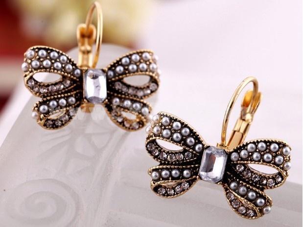 Vintage Pearl Diamonds Butterfly Earring