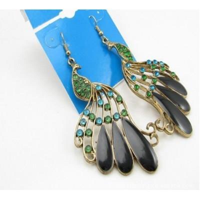 http://www.orientmoon.com/17923-thickbox/vintage-bohemian-diamonds-peacock-earring.jpg