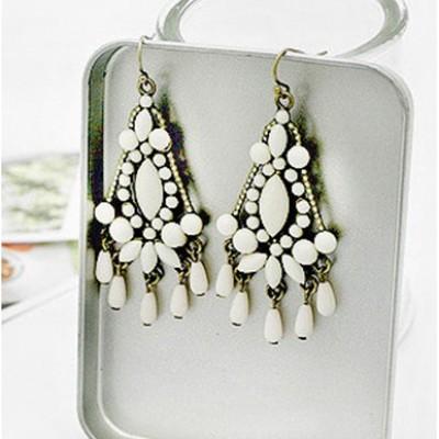 http://www.orientmoon.com/17927-thickbox/bohemian-vintage-azure-stone-alloy-earring.jpg
