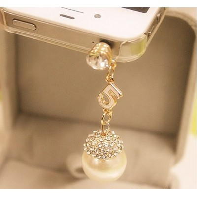 http://www.orientmoon.com/18038-thickbox/tf175-korean-style-pearl-dustproof-cellphone-pendants.jpg
