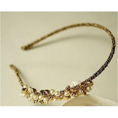 http://www.orientmoon.com/19429-thickbox/tk079-korean-style-shining-pearl-headband.jpg
