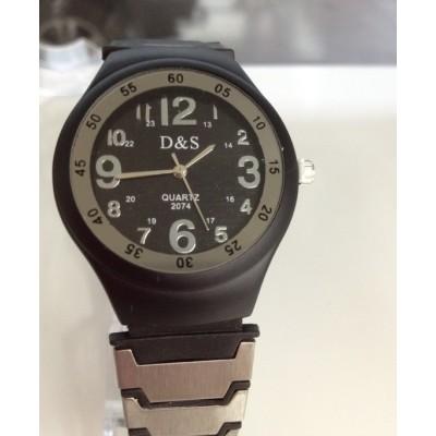 http://www.orientmoon.com/21236-thickbox/stylish-korea-men-s-watch.jpg