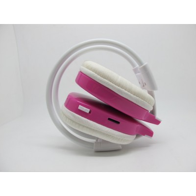 http://www.orientmoon.com/21340-thickbox/wst-365-plug-in-card-designed-mp3-fm-wireless-headphone.jpg