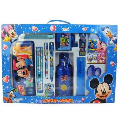http://www.orientmoon.com/21623-thickbox/luxurious-disney-stationeries-sets.jpg