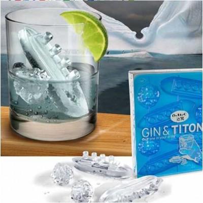 http://www.orientmoon.com/23135-thickbox/creative-titanic-ice-cube-tray.jpg