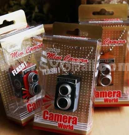 Vintage Camera Pattern Flashlight Keychain