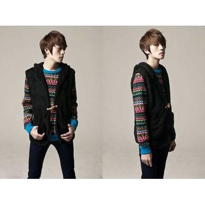 http://www.orientmoon.com/41513-thickbox/unique-one-button-design-hooded-woolen-vest-1704-cy127.jpg