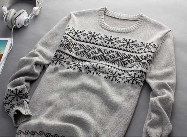 Fashionable Extra-Thick Round-Neck Pure Color Sweater (1504-DT61)
