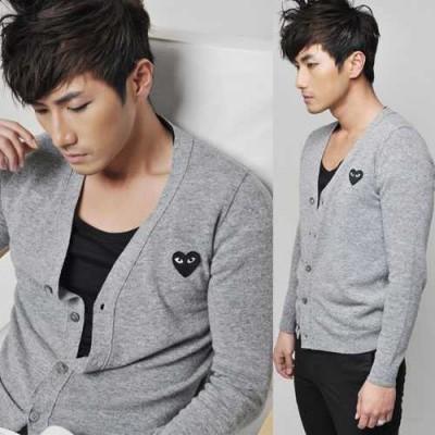 http://www.orientmoon.com/41990-thickbox/trendy-grey-knitting-cardigan-with-black-heart-shaped-badge-8-1018-y07.jpg