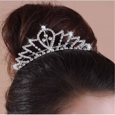 http://www.orientmoon.com/42247-thickbox/shiny-rhinestone-bridal-tiara-05.jpg