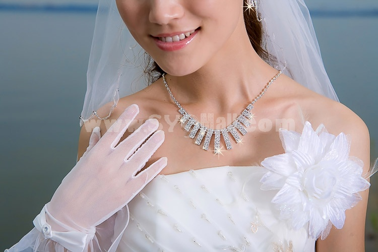 Shiny Design Alloy with Rhinestone Women's Jewelry Set Including Necklace, Earrings
