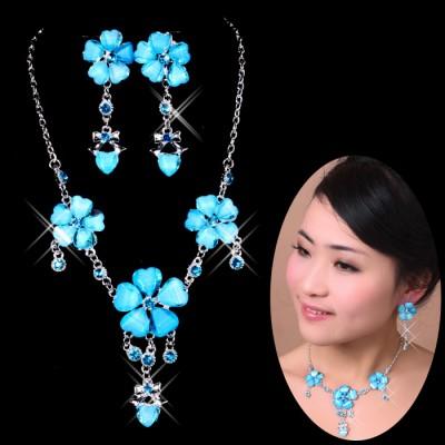 http://www.orientmoon.com/42272-thickbox/purple-flora-pattern-shiny-design-women-s-jewelry-set-including-necklace-earrings.jpg