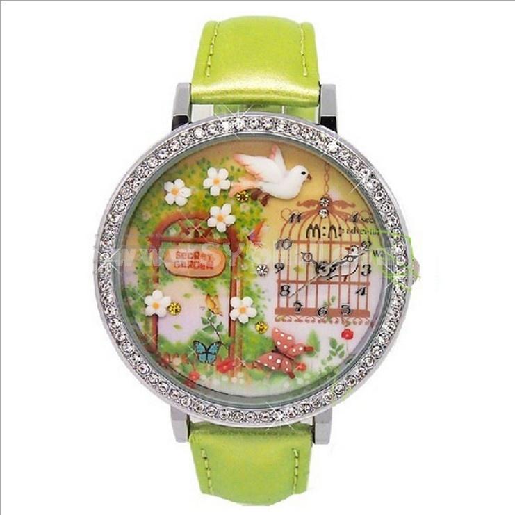 MINI Clay Quartze Round Dial Waterproof Watch Rhinestone Cartoon Creative PVC Band Watch mn1050