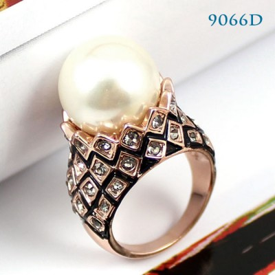 http://www.orientmoon.com/49945-thickbox/crystal-pearl-ring-with-swarovski-elements-9066d.jpg