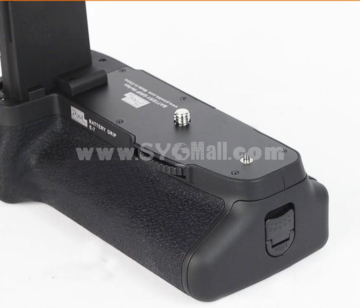 PIXEL BG-E7 Camera Handgrip for Canon 7D