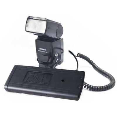 http://www.orientmoon.com/58306-thickbox/pixel-flash-power-battery-pack-for-nikon-n-sb-800-80dx-28dx-sd-8a-td-383.jpg