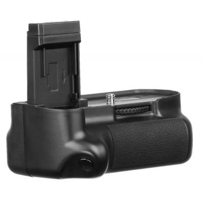 http://www.orientmoon.com/58327-thickbox/meike-mk-1100d-battery-grip-for-canon-1100d.jpg