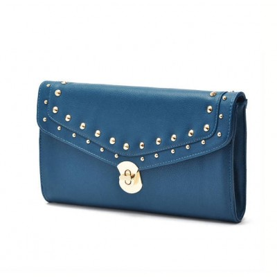 http://www.orientmoon.com/58743-thickbox/joker-rivet-and-chain-decoration-shoulder-bag.jpg