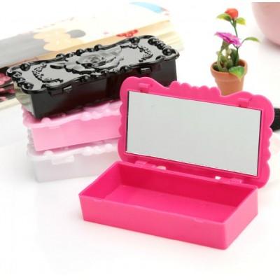 http://www.orientmoon.com/59678-thickbox/jewelry-box-made-up-box-storage-box-with-mirror-anna-sui-style-pp-h1157.jpg