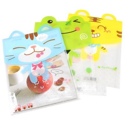 http://www.orientmoon.com/59985-thickbox/storage-bag-pouch-for-files-magnizes-transparent-cartoon-animal-design-pvc-5-pack-w1207.jpg