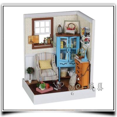 http://www.orientmoon.com/61141-thickbox/f001-wooden-diy-handmade-assembly-mini-house.jpg