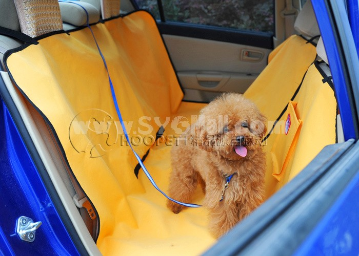 Large Waterproof Pet Mat for Large Dogs Used in Car