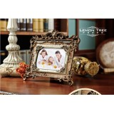 "Wholesale - European Style Resin Photo Frame Pattern Family Artware 6"""