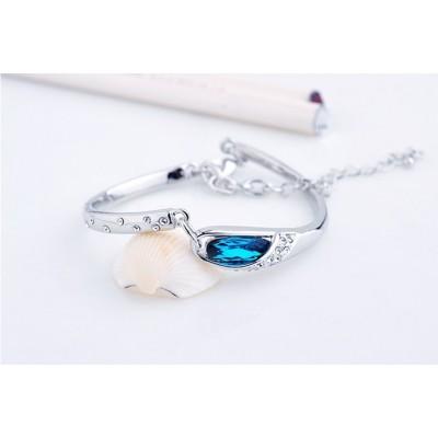 http://www.orientmoon.com/70171-thickbox/stylish-electroplating-alloy-rhinestone-bracelet-8004-3.jpg