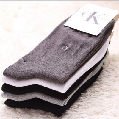 http://www.orientmoon.com/71852-thickbox/free-shipping-classiv-pattern-soild-color-cotton-business-casual-men-s-long-socks-wholesale-20pairs-lot-one-color.jpg