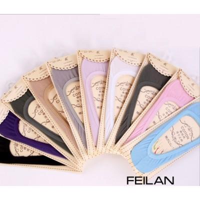 http://www.orientmoon.com/72066-thickbox/free-shipping-flora-welt-women-lr-cute-cotton-socks-20pairs-lot-one-color.jpg