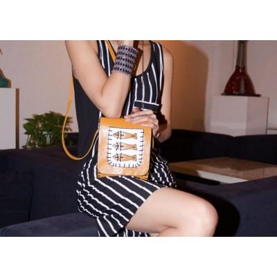 http://www.orientmoon.com/74545-thickbox/charming-stylish-pu-fish-pattern-bag-shoulder-bag-messenger-bag-dl193.jpg
